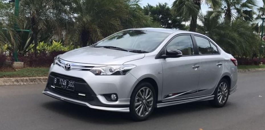 Review Toyota Vios